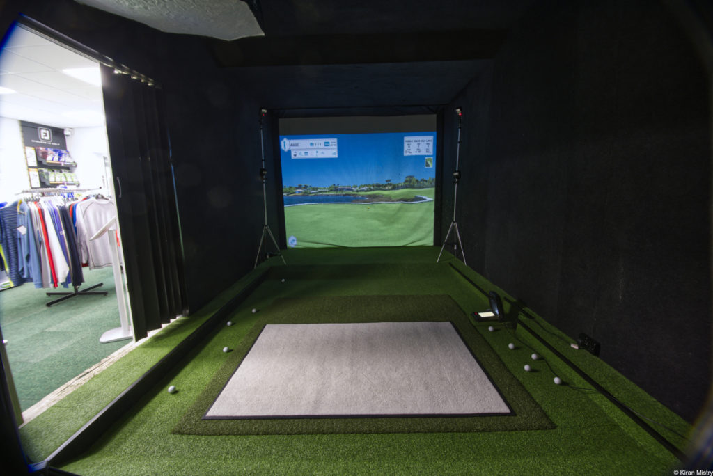 golf simulation room with no lighting